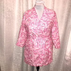 PINK Flannel short robe size xs pink writing